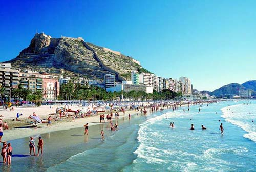 http://solivillas.com/images/website/blog/alicante_beach.jpg