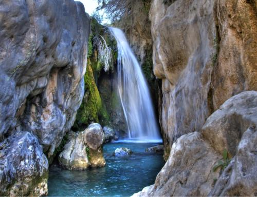 http://solivillas.com/images/website/blog/waterfalls.jpg