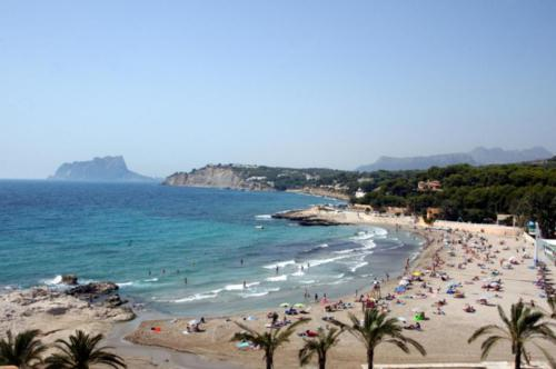 lampolla beach